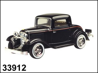 Машина мет.FORD COUPE 1932 1:43